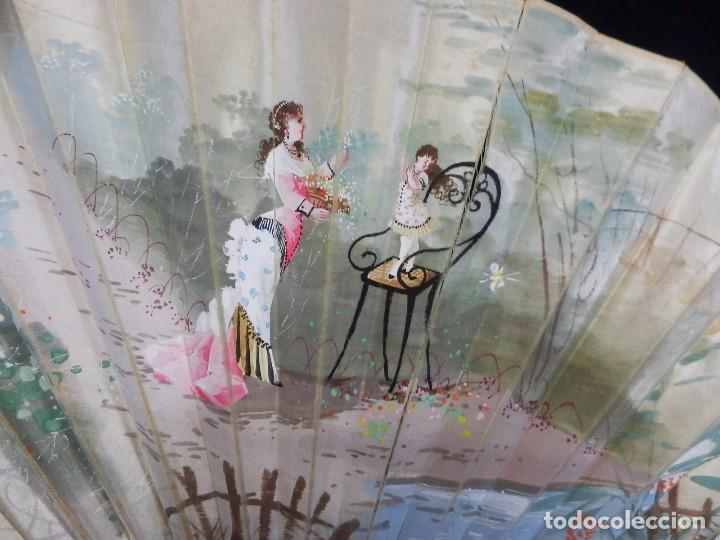 Antigüedades: -Precioso abanico en hueso o marfil, con país de tela, pintado a mano: Dama. S XIX - Foto 11 - 84249284