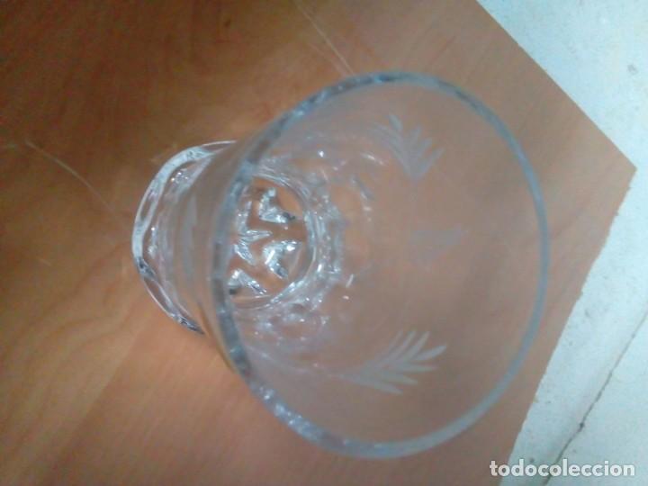 Antigüedades: JUEGO DE 6 VASOS EN CRISTAL TALLADO. - Foto 3 - 84280504