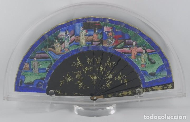 ANTIGUO ABANICO CHINO DE LAS 1000 CARAS DE MARFIL. SIGLO XIX. DE FILIPINAS, CONTIENE 15 CARAS DE MAR (Antigüedades - Moda - Abanicos Antiguos)