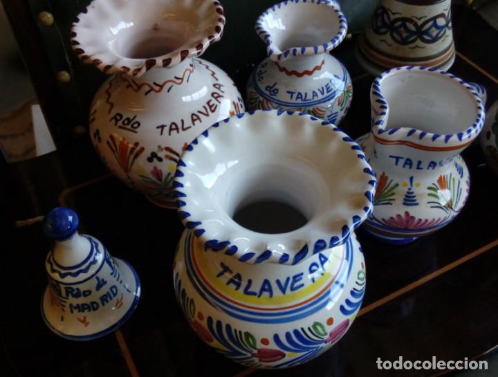 Antigüedades: LOTE DE 7 JARRAS JARRONES Y CAMPANA DE CERAMICA DE TALAVERA, LOZA - Foto 2 - 84334364