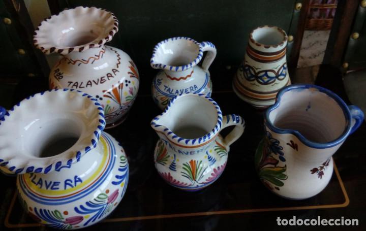 Antigüedades: LOTE DE 7 JARRAS JARRONES Y CAMPANA DE CERAMICA DE TALAVERA, LOZA - Foto 3 - 84334364