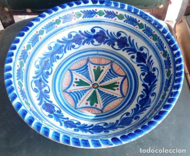 BONITO PLATO HONDO FRUTERO FUENTE ENSALADERA DE CERAMICA DE TALAVERA, LOZA, PARA COLGAR, 17307 (Antigüedades - Porcelanas y Cerámicas - Talavera)