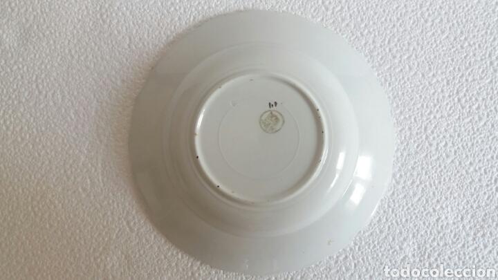 Antigüedades: Antiguo plato porcelana San Claudio Asturias decorado - Foto 2 - 84586263