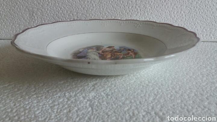 Antigüedades: Antiguo plato porcelana San Claudio Asturias decorado - Foto 5 - 84586263