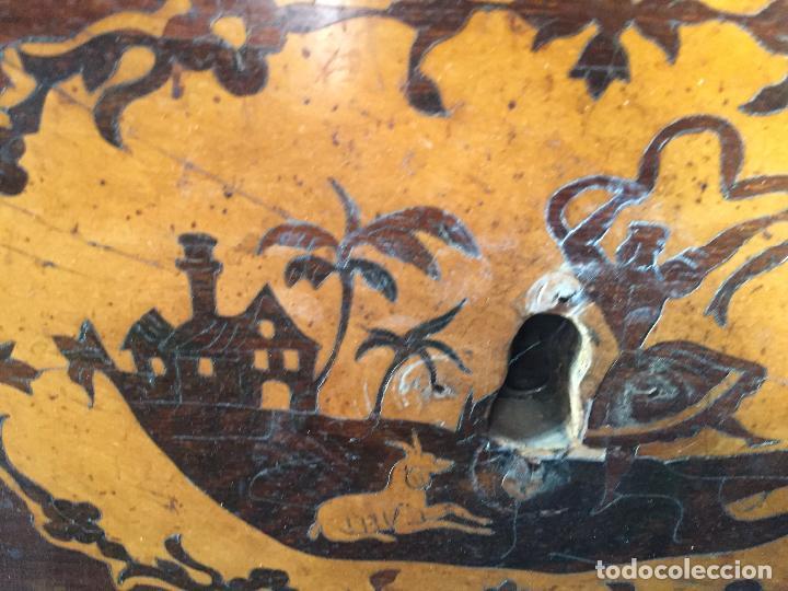 Antigüedades: Comoda Isabelina con marqueteria de boj - Foto 2 - 84637780