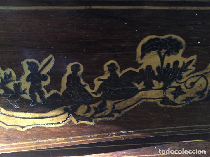 Antigüedades: Comoda Isabelina con marqueteria de boj - Foto 4 - 84637780