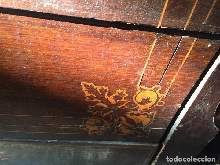Antigüedades: Comoda Isabelina con marqueteria de boj - Foto 9 - 84637780