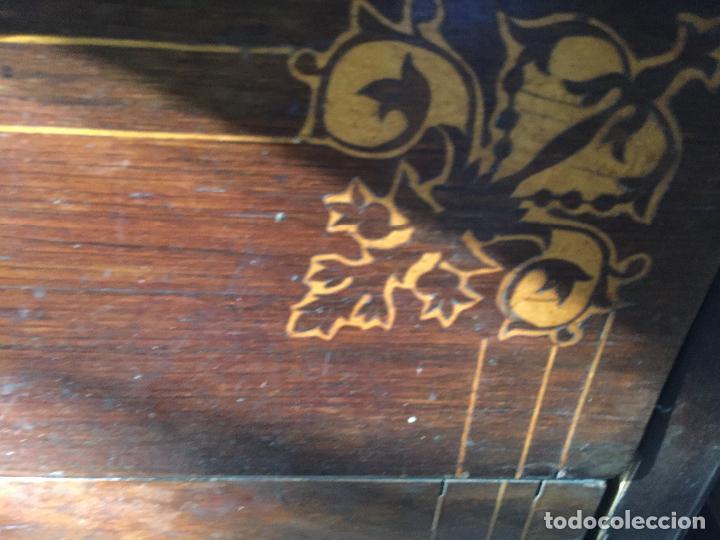 Antigüedades: Comoda Isabelina con marqueteria de boj - Foto 10 - 84637780