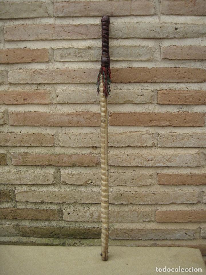 Antigüedades: FUSTA ANTIGUA EN PIEL. ETNOLOGIA. - Foto 2 - 84646788