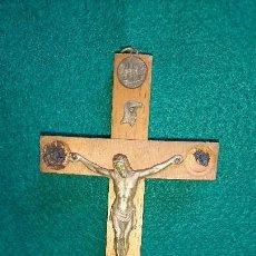 Antigüedades: ANTIGUO CRUCIFIJO CRUZ DE CRISTO AÑO SANTO 1950 ROMA. Lote 84626884