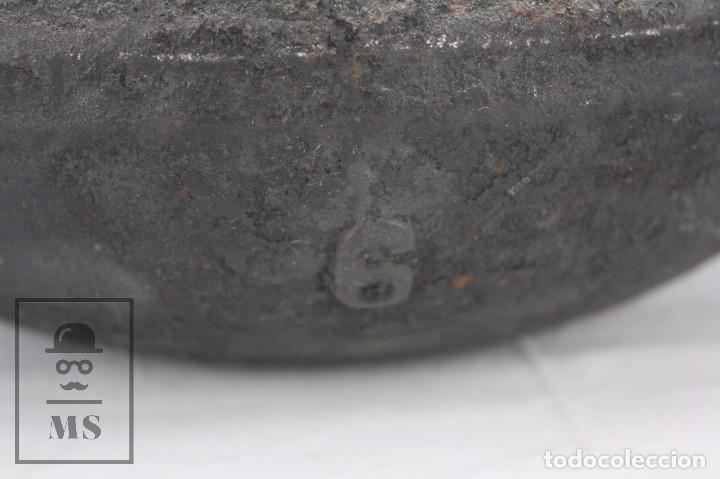 Antigüedades: Antigua Olla / Puchero de Hierro Fundido - Medidas 28 x 24 x 19 cm - Foto 3 - 84702576