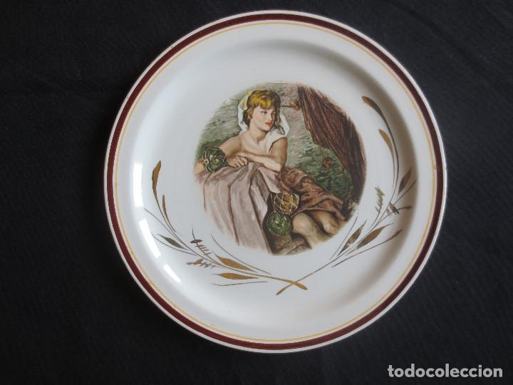 PLATO CERAMICA G.V SEGOVIA (Antigüedades - Porcelanas y Cerámicas - Otras)