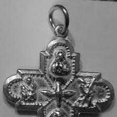 Antigüedades: CRUZ SANTISIMA TRINIDAD MILAGROSA EN PLATA DE LEY MACIZA - 24X26MM. Lote 84748404