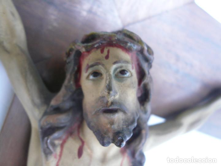 Antigüedades: ANTIGUO CRISTO DE OLOT. OJOS DE CRISTAL. CON SELLO EL ARTE CRISTIANO OLOT - Foto 2 - 84749700