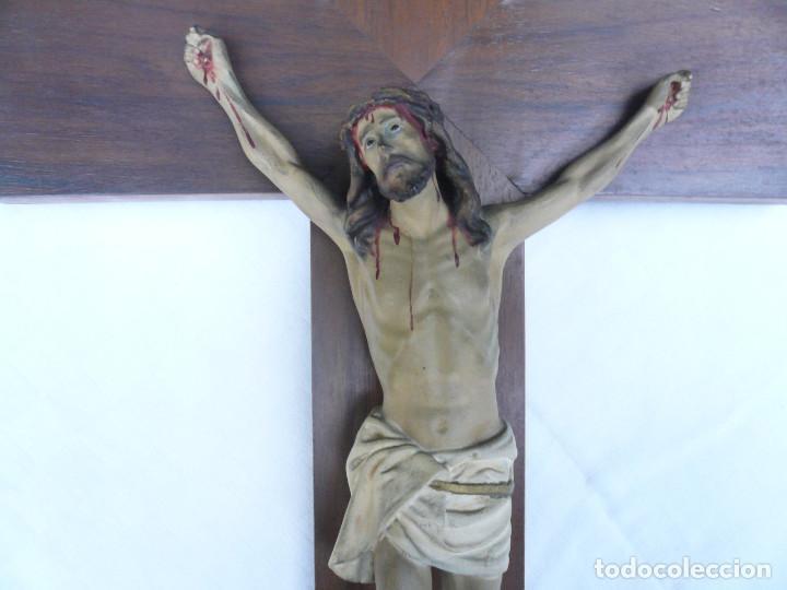 Antigüedades: ANTIGUO CRISTO DE OLOT. OJOS DE CRISTAL. CON SELLO EL ARTE CRISTIANO OLOT - Foto 4 - 84749700