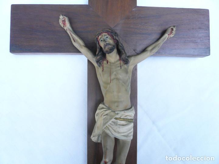 Antigüedades: ANTIGUO CRISTO DE OLOT. OJOS DE CRISTAL. CON SELLO EL ARTE CRISTIANO OLOT - Foto 5 - 84749700