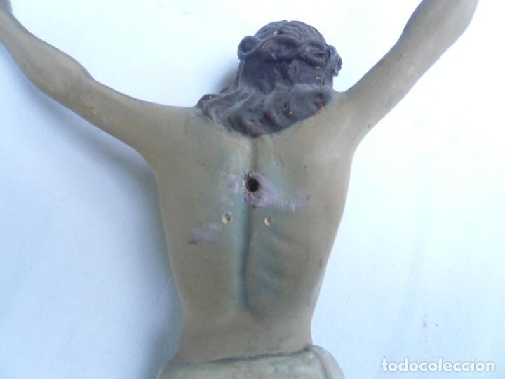 Antigüedades: ANTIGUO CRISTO DE OLOT. OJOS DE CRISTAL. CON SELLO EL ARTE CRISTIANO OLOT - Foto 14 - 84749700
