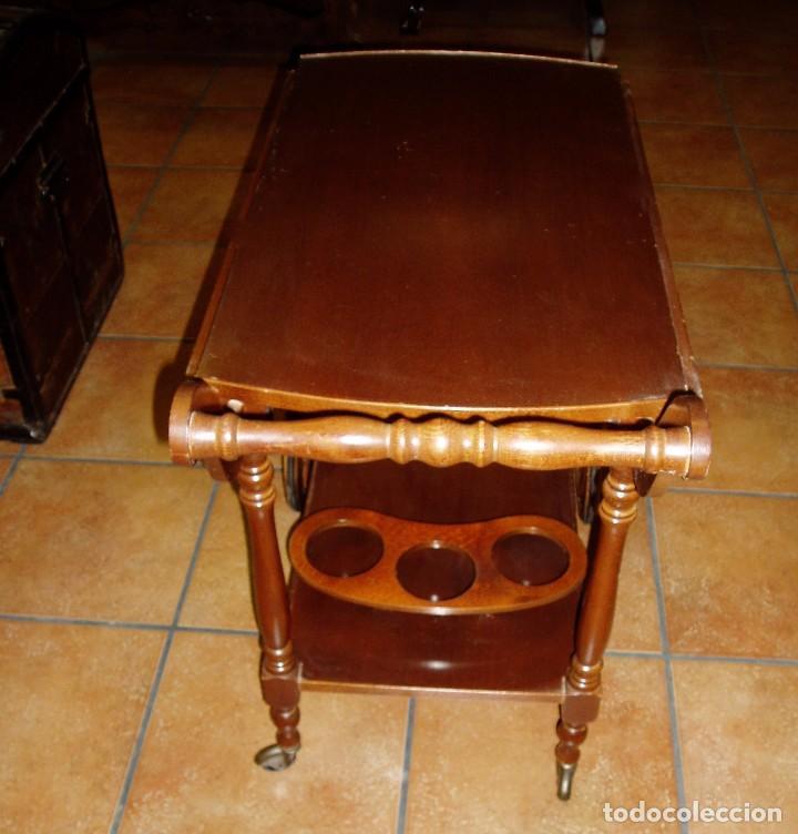 Antigüedades: MESA CAMARERA DE MADERA CON RUEDAS. BOTELLERO - Foto 3 - 84866836