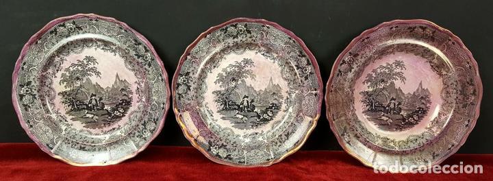 3 PLATOS. CERÁMICA ESMALTADA. TYROL HUNTERS. DAVENPORT. SIGLO XIX-XX. (Antigüedades - Porcelanas y Cerámicas - Inglesa, Bristol y Otros)