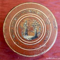 Antigüedades: SNUFF BOX DE PAPEL MACHE CIERRE EN METAL, S. XIX 8 X 3 CM.. Lote 84932224