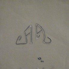 Antigüedades: ANTIGUA TOALLA ART DECO CREPE LINO PPIO.S.XX. Lote 84993944