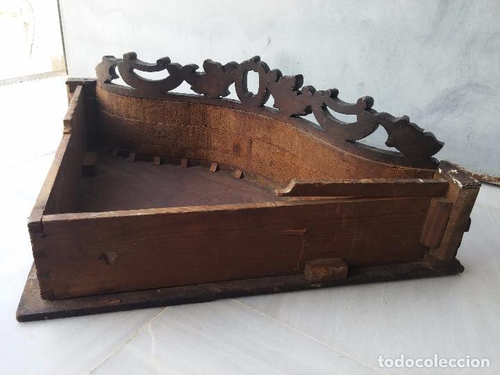 Antigüedades: Antigua repisa rinconera Isabelina en madera de caoba - Foto 32 - 85057632