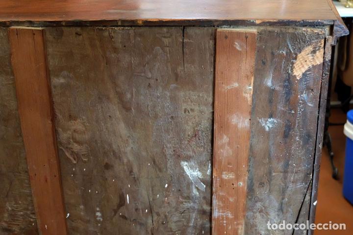 Antigüedades: SENSACIONAL COMODA CATALANA EN MADERA DE CAOBA Y MARQUETERIA DE BOJ. SIGLO XVIII - Foto 13 - 85131404