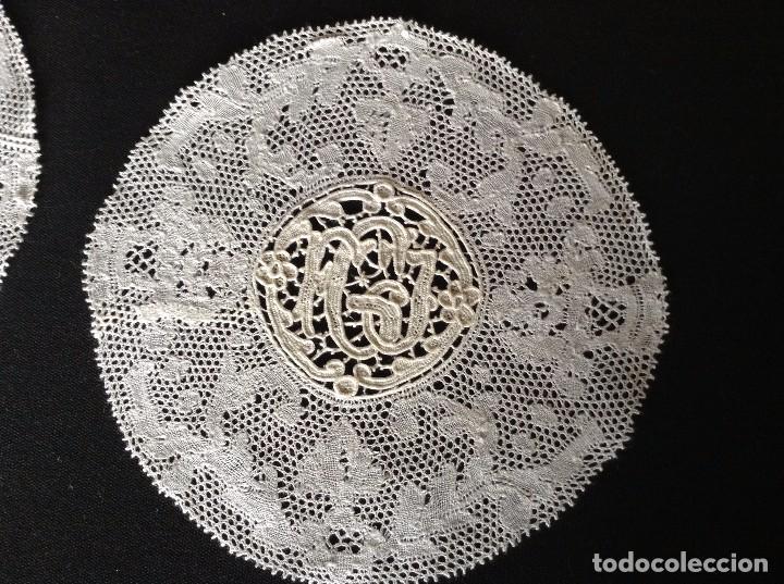 Antigüedades: ENCAJE Y BORDADOS 2 PAÑITOS - Foto 2 - 85150832