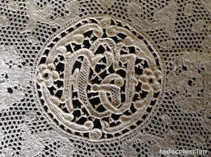 Antigüedades: ENCAJE Y BORDADOS 2 PAÑITOS - Foto 3 - 85150832