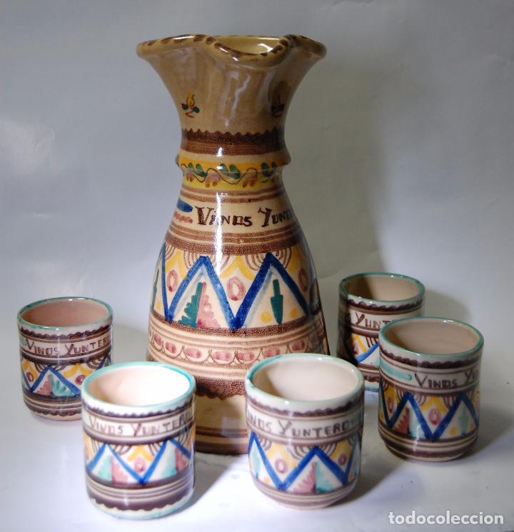 CERAMICA MANCHEGA CONJUNTO DE JARRA Y VASOS DE VINO YUNTERO DE MANZANARES (Antigüedades - Porcelanas y Cerámicas - Otras)