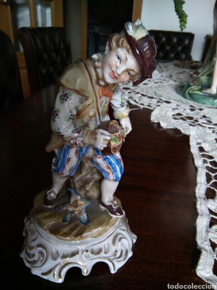 * ANTIGUA PORCELANA TIPO MEISSEN. (RF:GV/A*.) (Antigüedades - Porcelanas y Cerámicas - Otras)