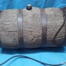 Antigüedades: ANTIGUA GARRAFA O CUBA DE CORCHO PARA EL AGUA PARA LOS PASTORES O AGRICULTORES DE MUSEO ETNOGRAFICA. Lote 85338396