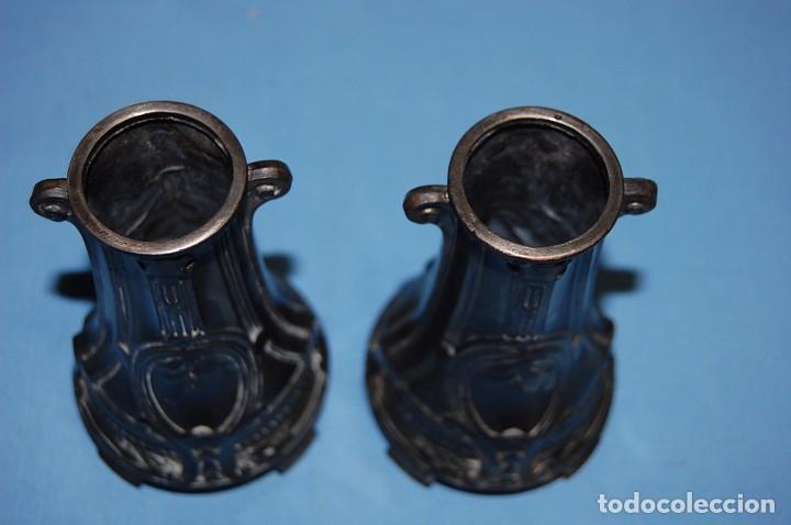 Antigüedades: PAREJA DE FLOREROS MODERNISTAS DE 1930 - Foto 5 - 85356488