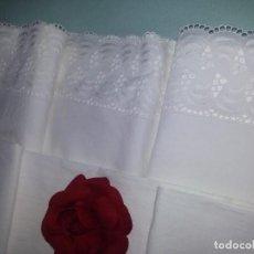 Antigüedades: SÁBANA Y FUNDA- ALGODÓN-256X181 CM-BLANCA. Lote 85364156
