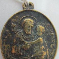 Antigüedades: ANTIGUA MEDALLA - SAN JOSÉ PROTECTOR - BRONCE - CON INSCRIPCIÓN EN RELIEVE EN LA PARTE TRASERA. Lote 85426520