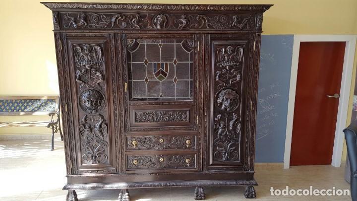 Armario de despacho estilo renacimiento espa ol comprar - Muebles castellanos antiguos ...