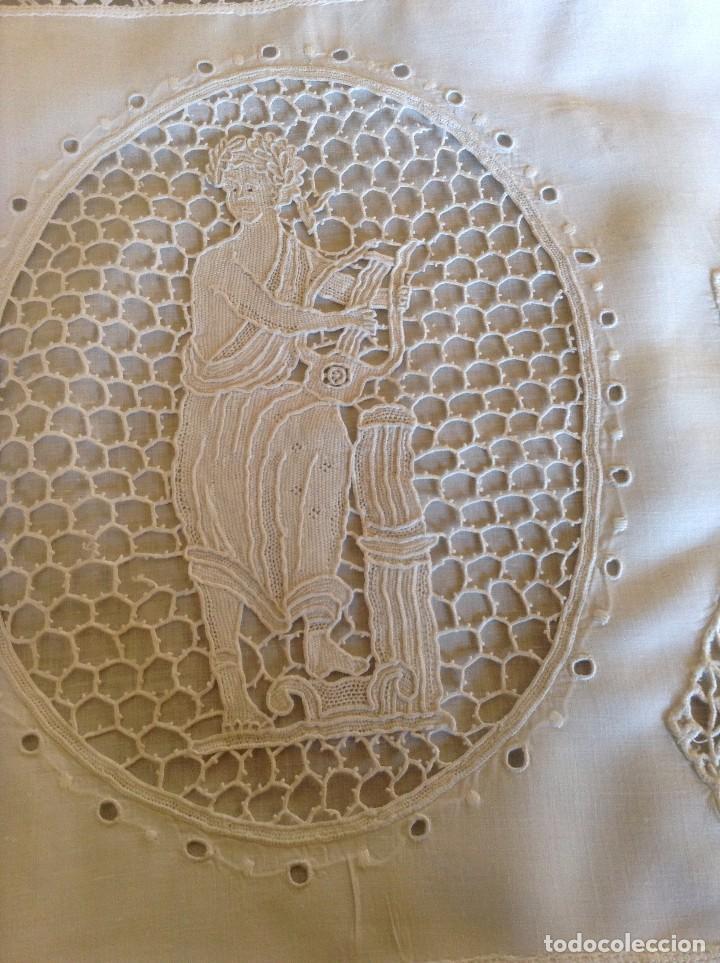 Antigüedades: ANTIGUO ALMOHADÓN BORDADO Y GANCHILLO - Foto 6 - 85457024