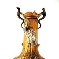 Antigüedades: BELLO JARRÓN DE ESTAÑO DE ESTILO MODERNISTA - ART NOUVEAU - S. XIX. Lote 85634824