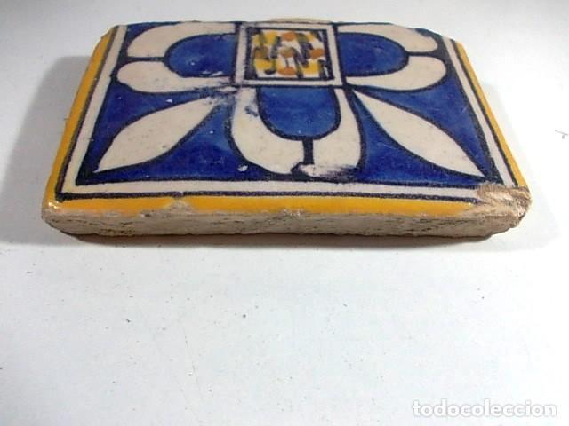 Antigüedades: ANTIGUO AZULEJO VALENCIANO XVII-XVIII CON UNAS MEDIDAS 8 X 11,5 X 1,7 cm - Foto 2 - 85643356