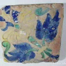 Antigüedades: ANTIGUO AZULEJO VALENCIANO XVI- XVII CON UNAS MEDIDAS 11,75 X 11,5 X 1,3 CM. Lote 85643712