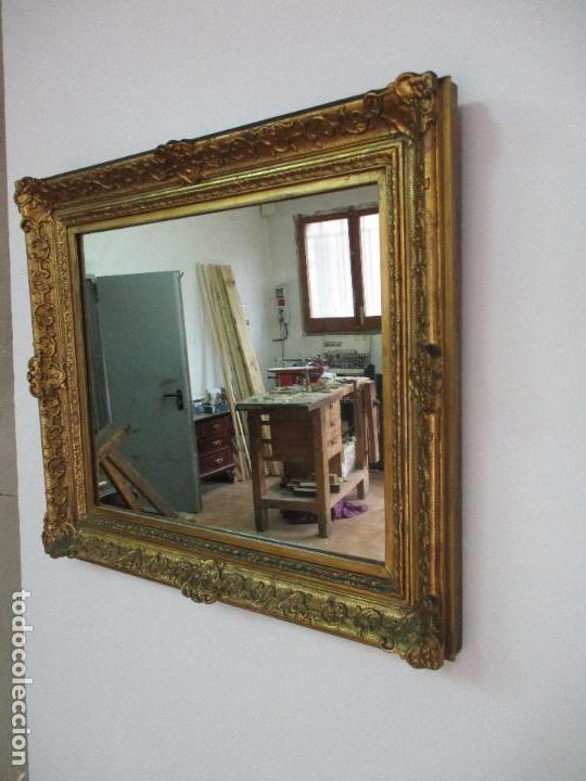 Antiguo espejo marco de madera estuco dorad vendido - Espejo veneciano antiguo ...