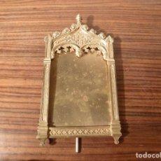 Antigüedades: MARCO DE BRONCE PARA SACRAS NEOGOTICO. Lote 85728152
