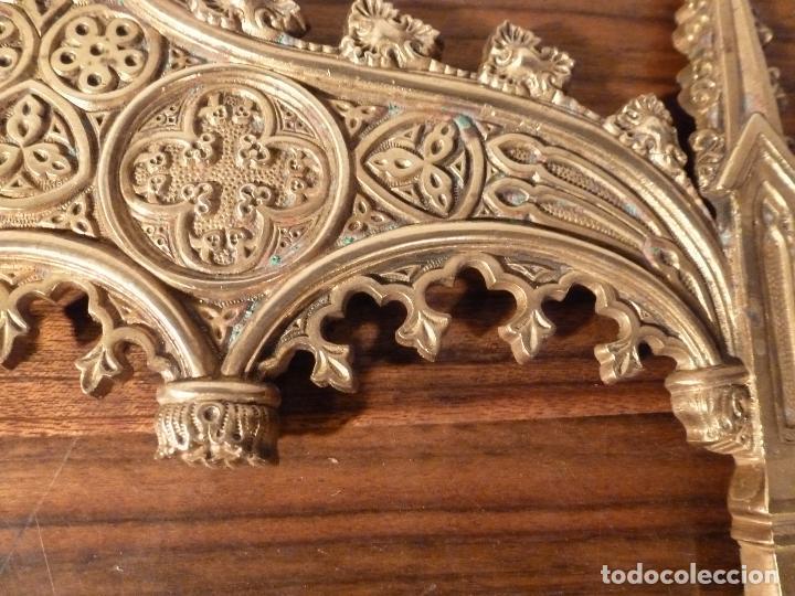 Antigüedades: MARCO DE BRONCE PARA SACRAS NEOGOTICO - Foto 4 - 85728416