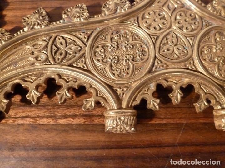 Antigüedades: MARCO DE BRONCE PARA SACRAS NEOGOTICO - Foto 5 - 85728416