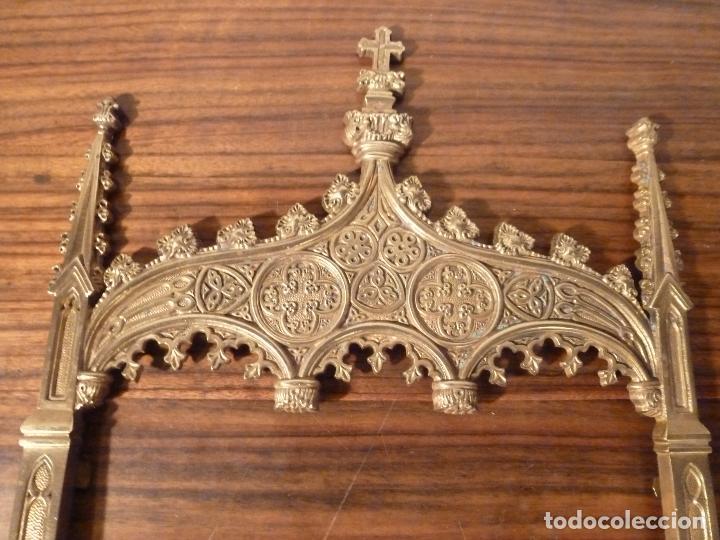 Antigüedades: MARCO DE BRONCE PARA SACRAS NEOGOTICO - Foto 7 - 85728416