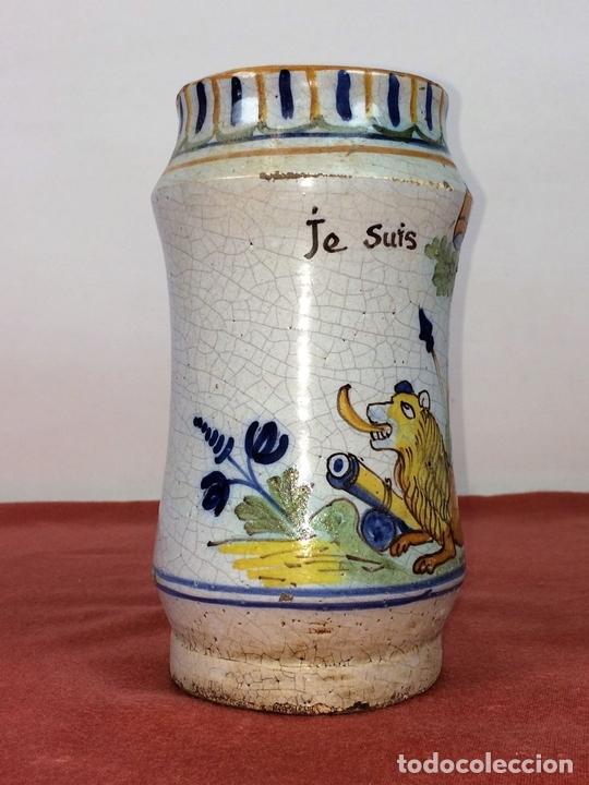 Antigüedades: ALBARELO-BOTE DE FARMACIA. CERÁMICA ESMALTADA. ESPAÑA(?). CIRCA 1950 - Foto 3 - 85730460
