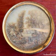 Antigüedades: SNUFF BOX, CON DIBUJO SOBRE VIDRIO, CAJA DE RAPE PAPEL MACHE S. XIX 8 CM.. Lote 85739420