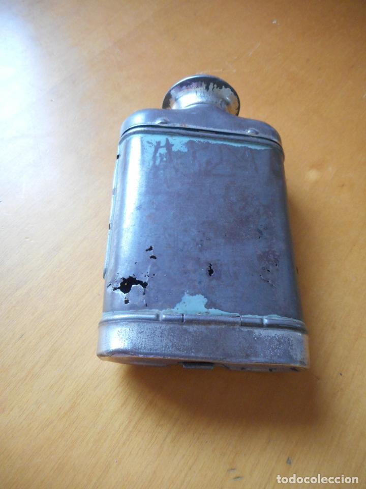 Antigüedades: Antigua linterna de petaca, tipo lupa. Sobre años 20-30 - Foto 3 - 85778536