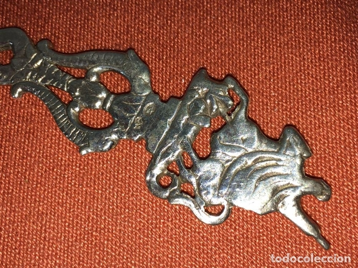 Antigüedades: CUCHARA PARA SERVIR. PLATA CINCELADA. CON PUNZONES. ESPAÑA. CIRCA 1950 - Foto 4 - 86019472