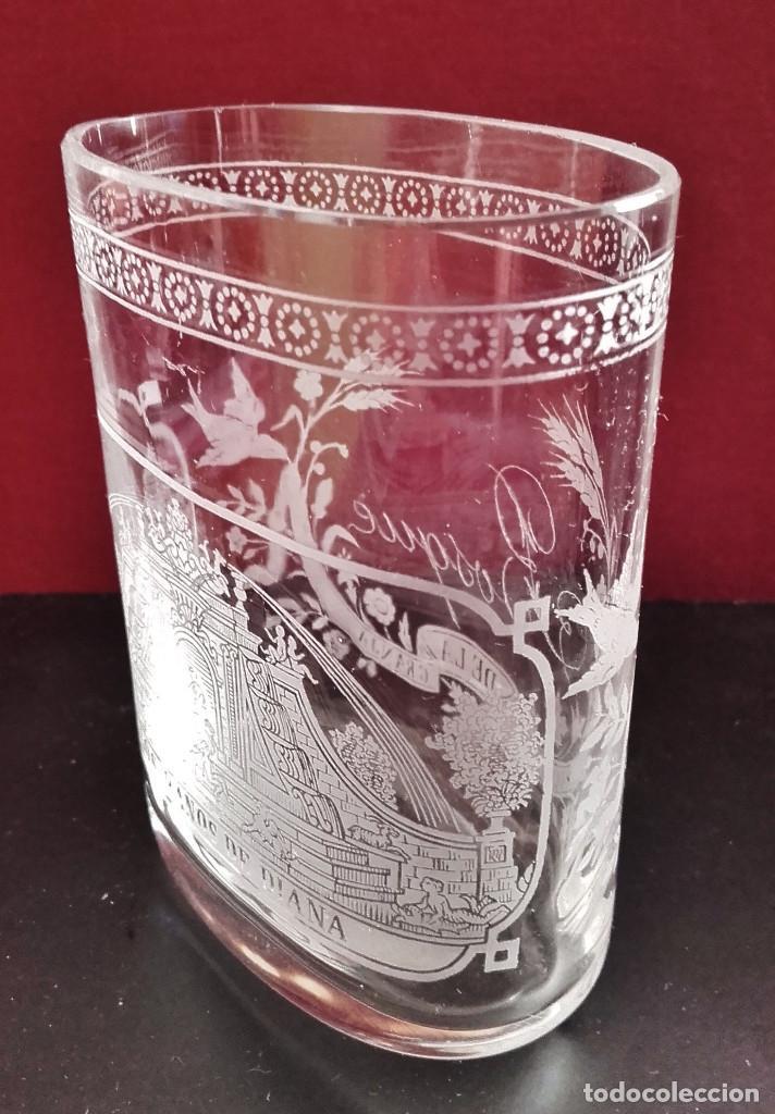 Antigüedades: Vaso faldriquera de cristal de La Granja, s. XVIII. Decoración con La Fuente de Los Baños de Diana. - Foto 3 - 86073488